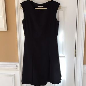 Calvin Klein Black sleeveless fit &flare/pleat hem